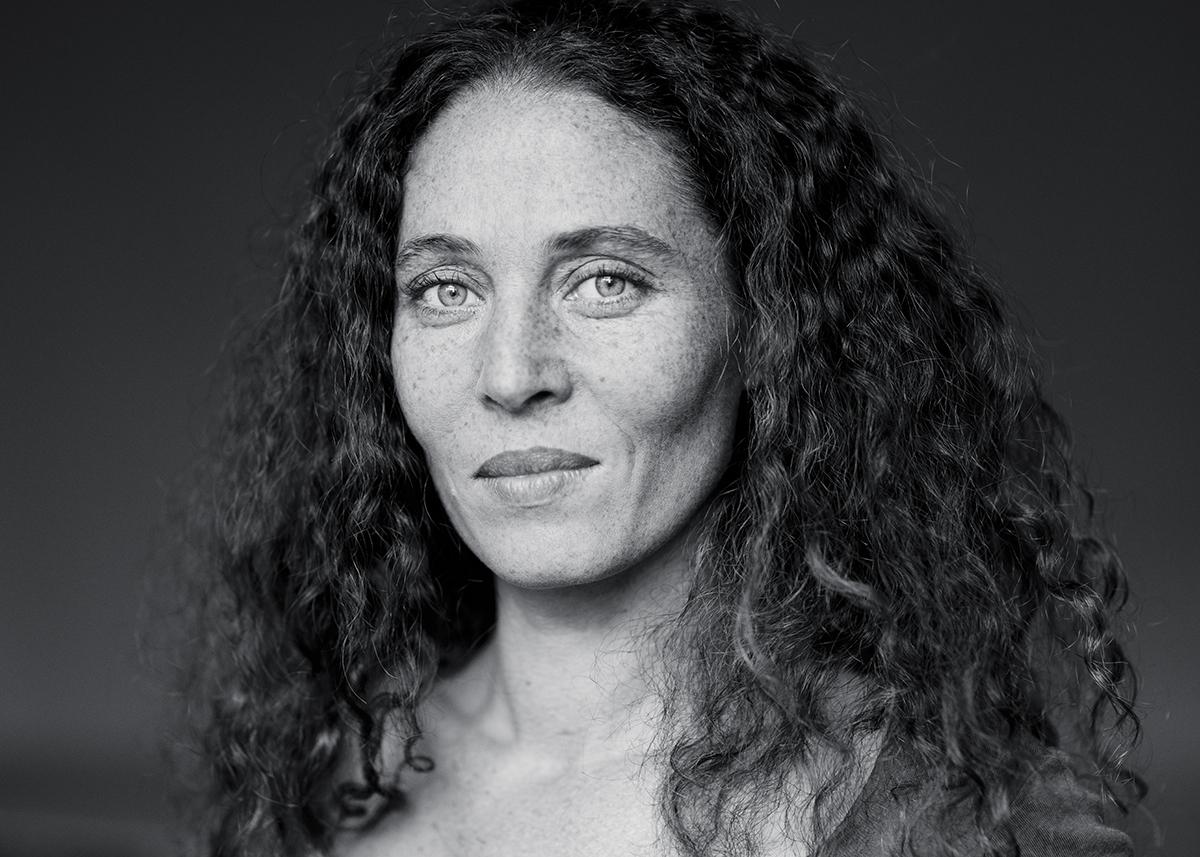 portraits artistiques marseille lumiere naturelle studio shooting book acteur photographe